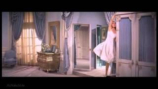 """Женщина-Перевоплощение""""Золотой глобус""""1958г.""""Шёлковые чулки"""".Лучший фильм и актриса Сид Чарисс."""