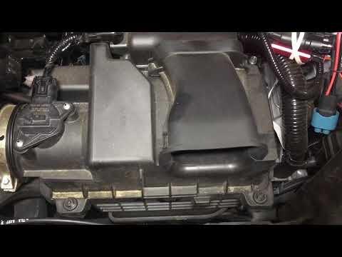 2017-2018 Honda CR-V Engine Air Filter Change