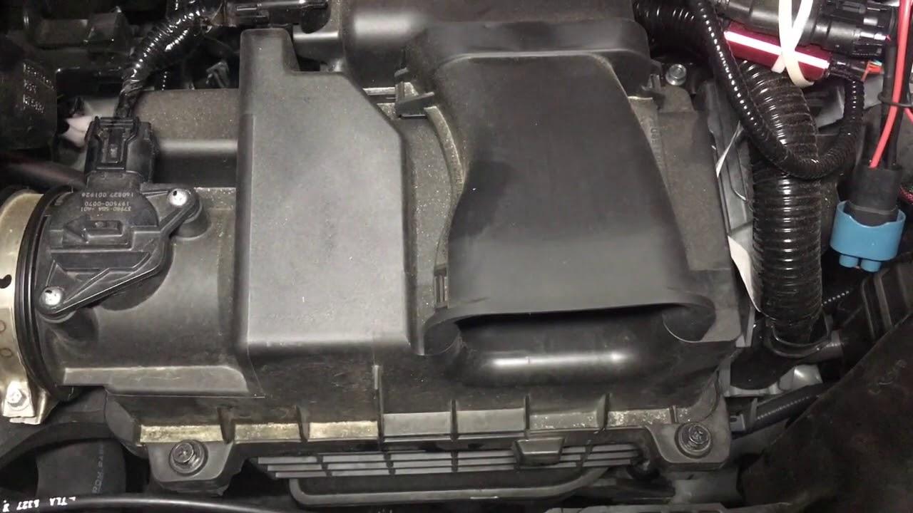 2017 2018 Honda Cr V Engine Air Filter Change Youtube