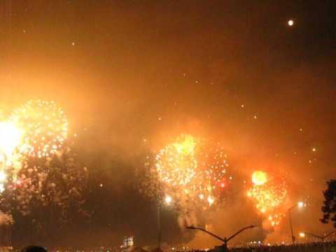 Happy 241st #America ! Love, @macys #Manhattan #Fireworks Nearly the End by Peachy Deegan