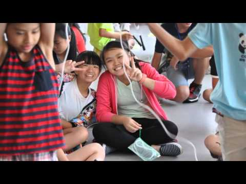 Master of Universe English Science Exploration Camp 2015
