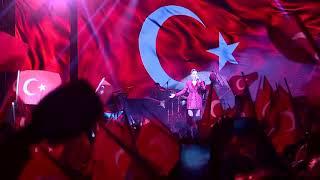 Cumhuriyet Konserimizde Funda Arar Eskişehirliler ile buluştu Video