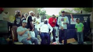 Смотреть клип Young Dro Ft. Decatur Slim & Mac Boney - Im Wit It