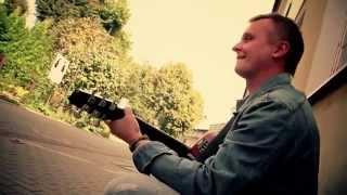 Krzywa Alternatywa - TAKI DZIEŃ JAK CO DZIEŃ (Official Music Video)