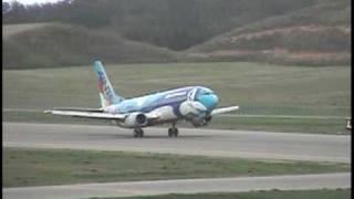 能登空港 ANK B737-400 アイランドドルフィン離陸(2004年5月3日)
