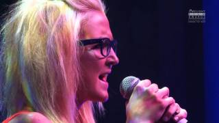 Koo Read performing Starry Eyed at Limelight Film Awards 2012