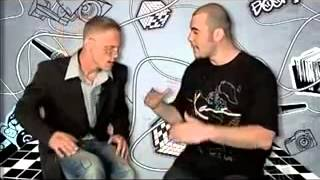 Видео-урок по битбоксу от Vahtang (Вахтанга)  3 урок(В этом видеоуроке от Вахтанга мы научимся делать очередные крутые фишки. Занимайтесь битбоксом, смотрите..., 2014-10-28T19:51:51.000Z)