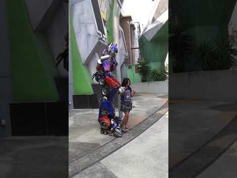 Download Optimus Prime @ Universal Studio Singapore