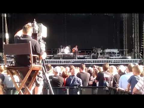 Bruce Springsteen Helsinki 31/07/2012 Pre-show Set Full