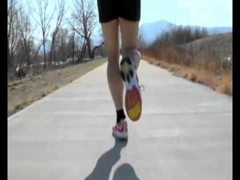 кросівки для бігу. Сніданок з 1+1