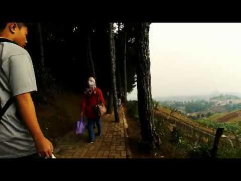 Puncak Bintang Bukit Moko Salah Satu Wisata Bandung Timur