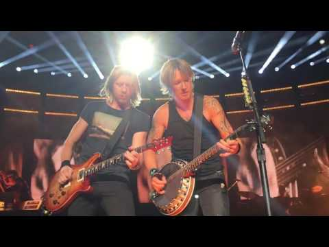 Keith Urban - Wasted Time - Mansfield -...