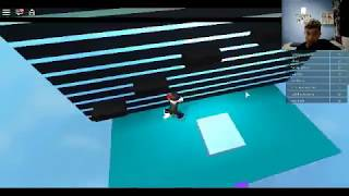 Playing parkour on PC for the first time {ROBLOX}