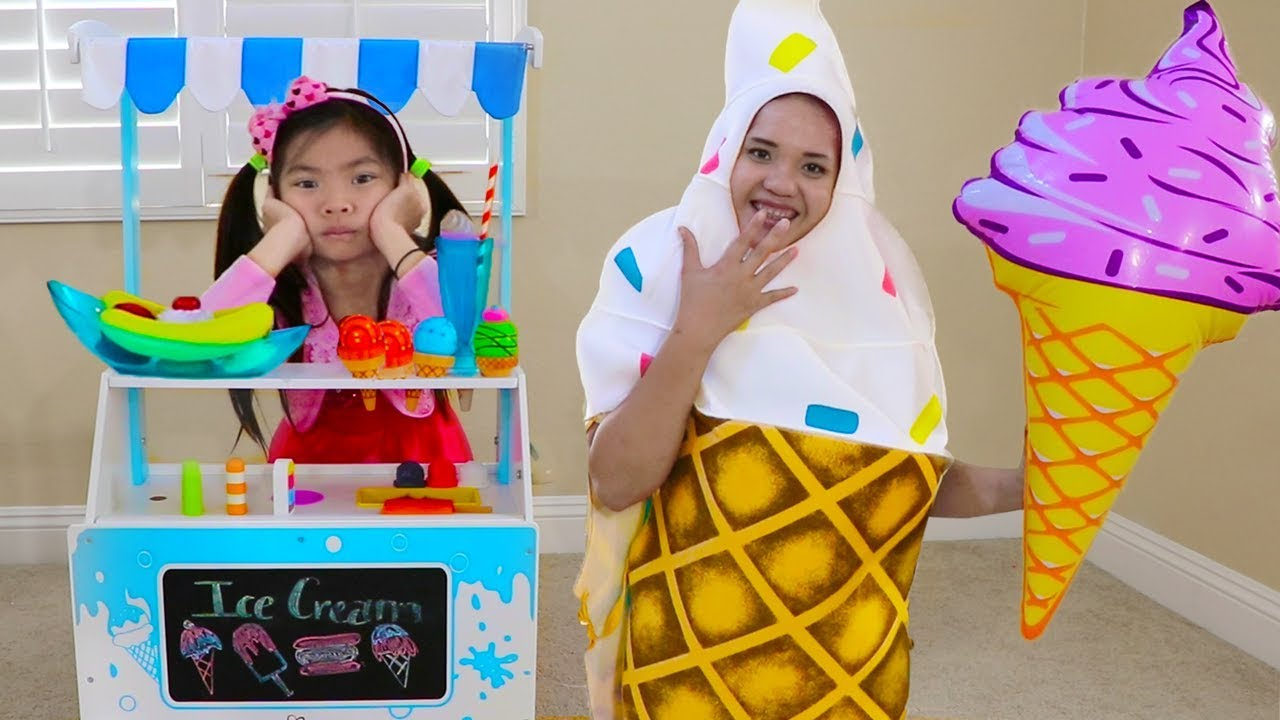 Emma Pretend Play Selling Ice Cream Toys With Cute Funny