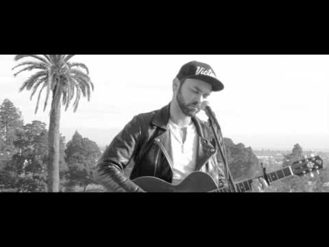"Shakey Graves ""Nobody's Fool"" (Graveyard Version)"
