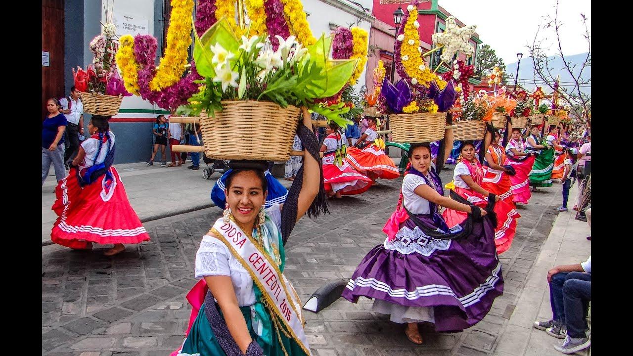 Calenda 2016 del Seminario de la Santa Cruz, Oaxaca - YouTube