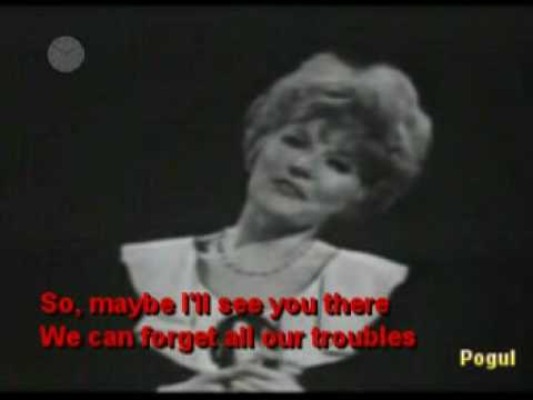 Petula Clark - Downtown (With Lyrics)