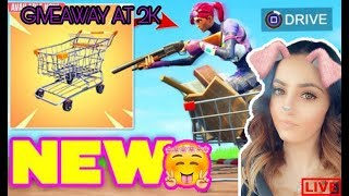 Fortnite Battle Royale | GIVEAWAY At 2k | Chilled Stream | PS4 | New Skins, Axe & Glider