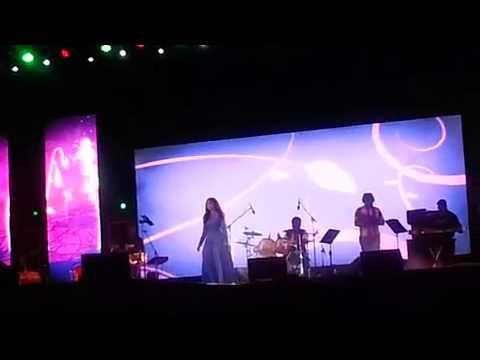 Shreya Ghoshal Live @ahmedabad- Sawariyo Re Maaro