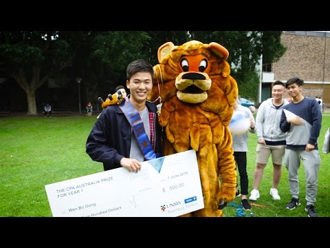 Clancy the Lion surprises award-winning students at UNSW