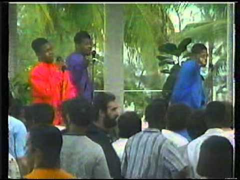 Boyz II Men live in Jamaica 1991- Please Don't Go