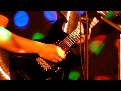 Bhinneka Band  - Tua-Tua Keladi (Anggun C Sasmi)