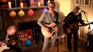 "Trashcan Sinatras perform an acoustic version of their hit ""Hayfeve..."