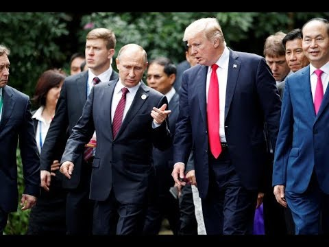 Trump and Putin chat at Asia Pacific summit
