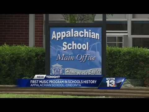 Appalachian School starts new music program