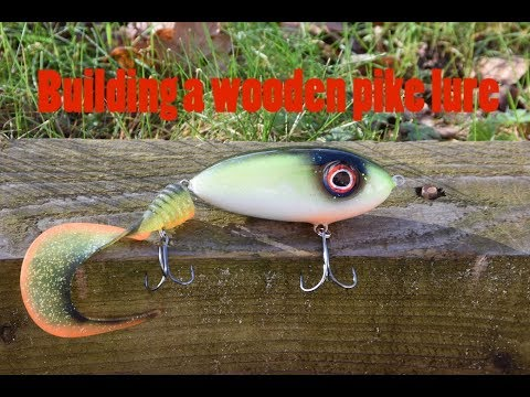making a wooden pike lure
