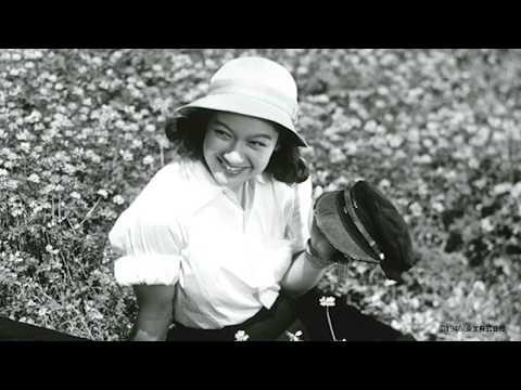 この動画では、三鷹市芸術文化センターで、2017年5月13日(土)から始まります、 「三回忌 原節子」特集上映会について、ご紹介します。 【上映...