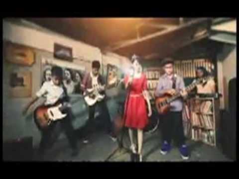 Family Band - Aku Rindu ( SONG LYRICS ON SCREEN )