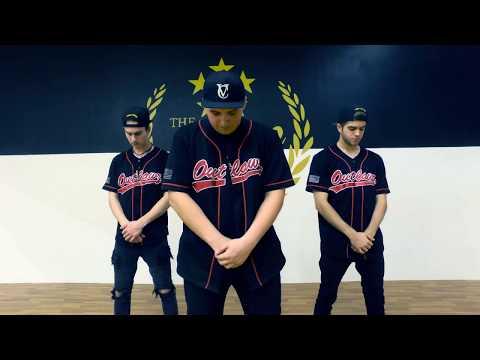 Wait A Minute - Robøy | Elektro Botz (Official Choreography)