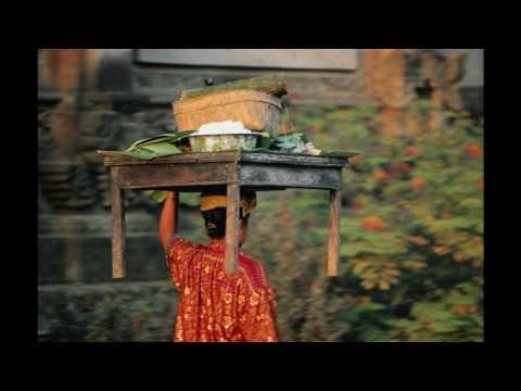 Tetty Manurung ~ Inang