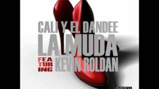 Watch Kevin Roldan La Muda video
