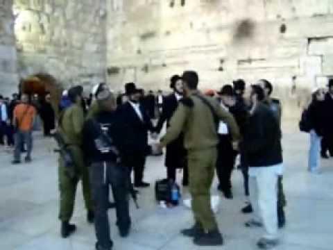 Rabbi Dalfin Helps Jewish Brides And Orphans In Israel