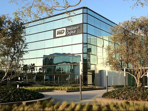 Western Digital has created the world's first 64-layer 3D NAND chips with capacity of 512 GB
