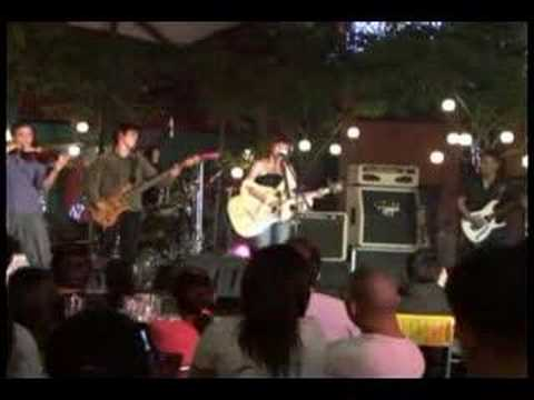 Zelle - Sabihin (Live at Eastwood City)