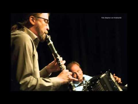 "Duo Beck/Kassl plays Dirk Brossé's ""Tango Tout Court"""