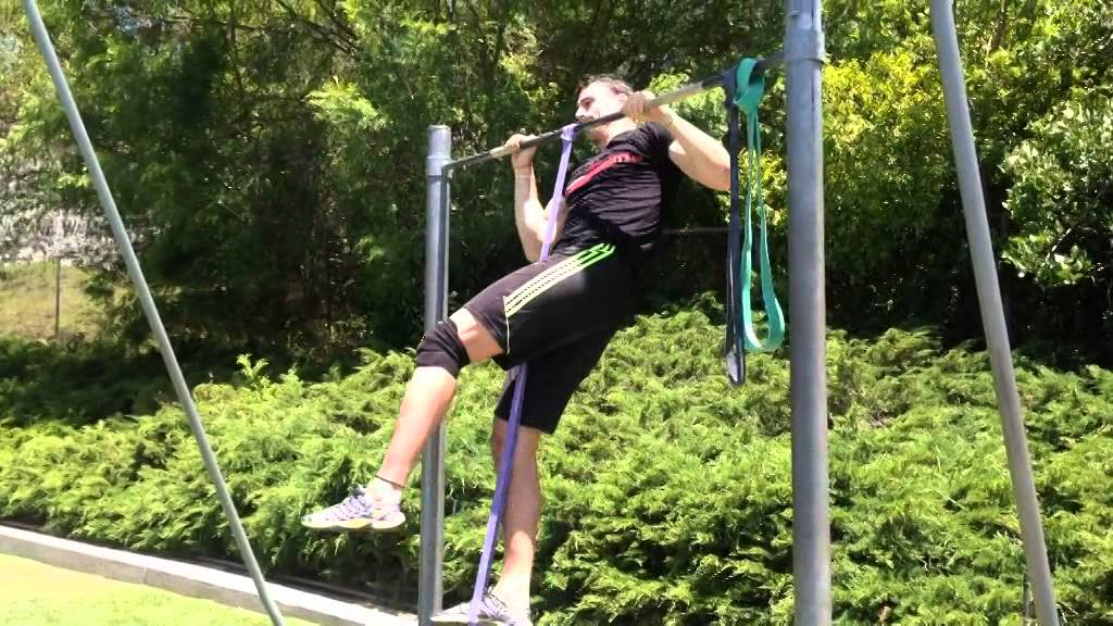 How to Use Pull Up Assistance Bands - YouTube