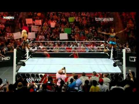 WWE Monday Night RAW 11.28.11 [Full]