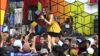 Gambar cover SITI BADRIAH Live At 100% Ampuh (12-09-2012) Courtesy GLOBAL TV