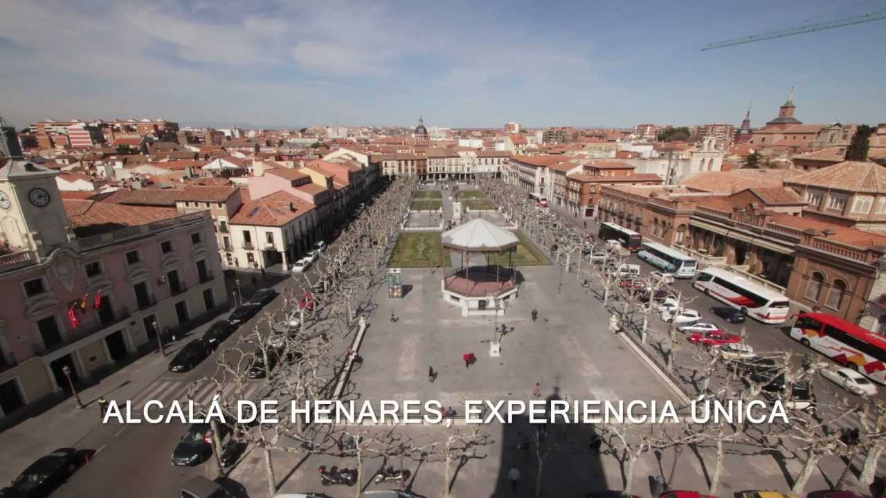 Alcal ciudad patrimonio de la humanidad video for Opticas alcala de henares