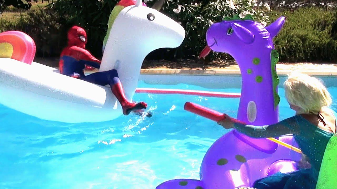 la reine des neiges et spiderman jeux piscine superhero