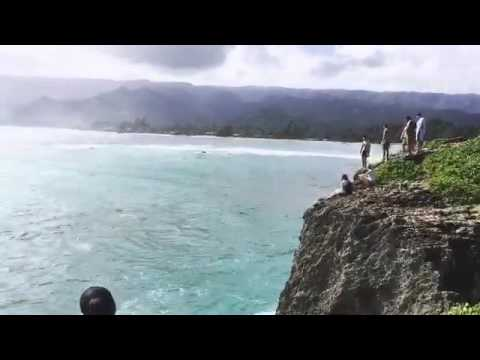 Cliffdiving spot in Laie Hawaii