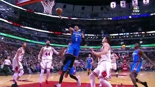Russell Westbrook BREAKS Defender's Ankles w/ Crossover, D-Wade Spin Move Highlights Thunder/Bulls