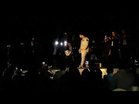 Le apagan el sonido  al FANTASMA en Tepic Nayarit,  y el público se le entrega