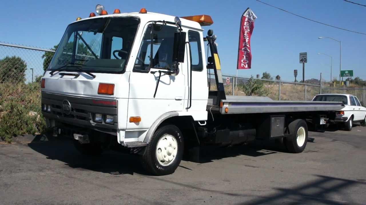 1993 Nissan UD Rollback Tow Truck Car hauler Wreaker - YouTube