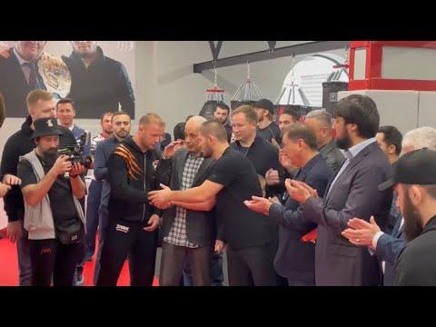 Александр Шлеменко и Хабиб Нурмагомедов на открытии бойцовского клуба