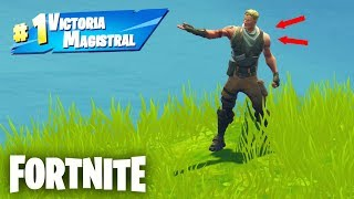 I pose as *NOOB* to get MY VICTORIA 100 at Fortnite Battle Royale! 😯😂